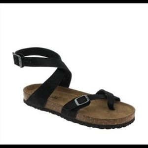 bea6a0c6a Outwoods Black Bork Ankle-Strap Sandal